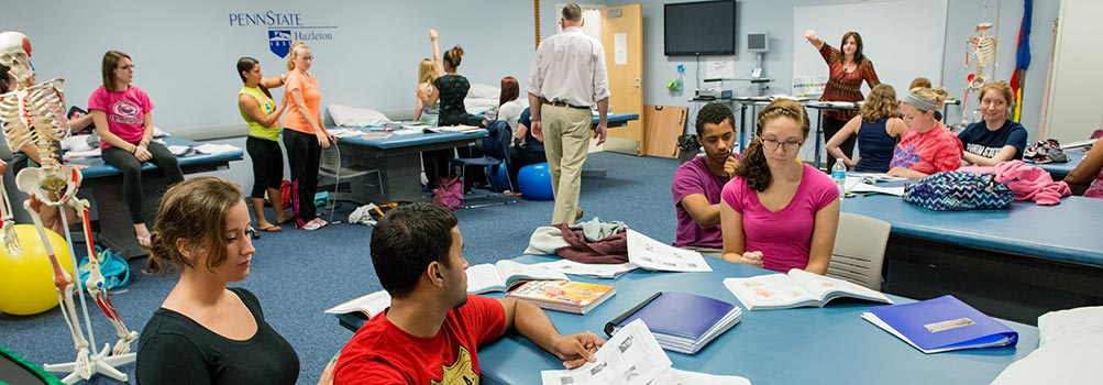 Photo showing students taking part in the Physical Therapist Assistant program