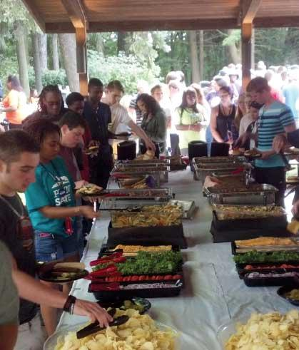 More than 380 new students enjoyed the New Student Welcome Picnic hosted by the Penn State Hazleton Alumni Society and the Alumni Chapter.